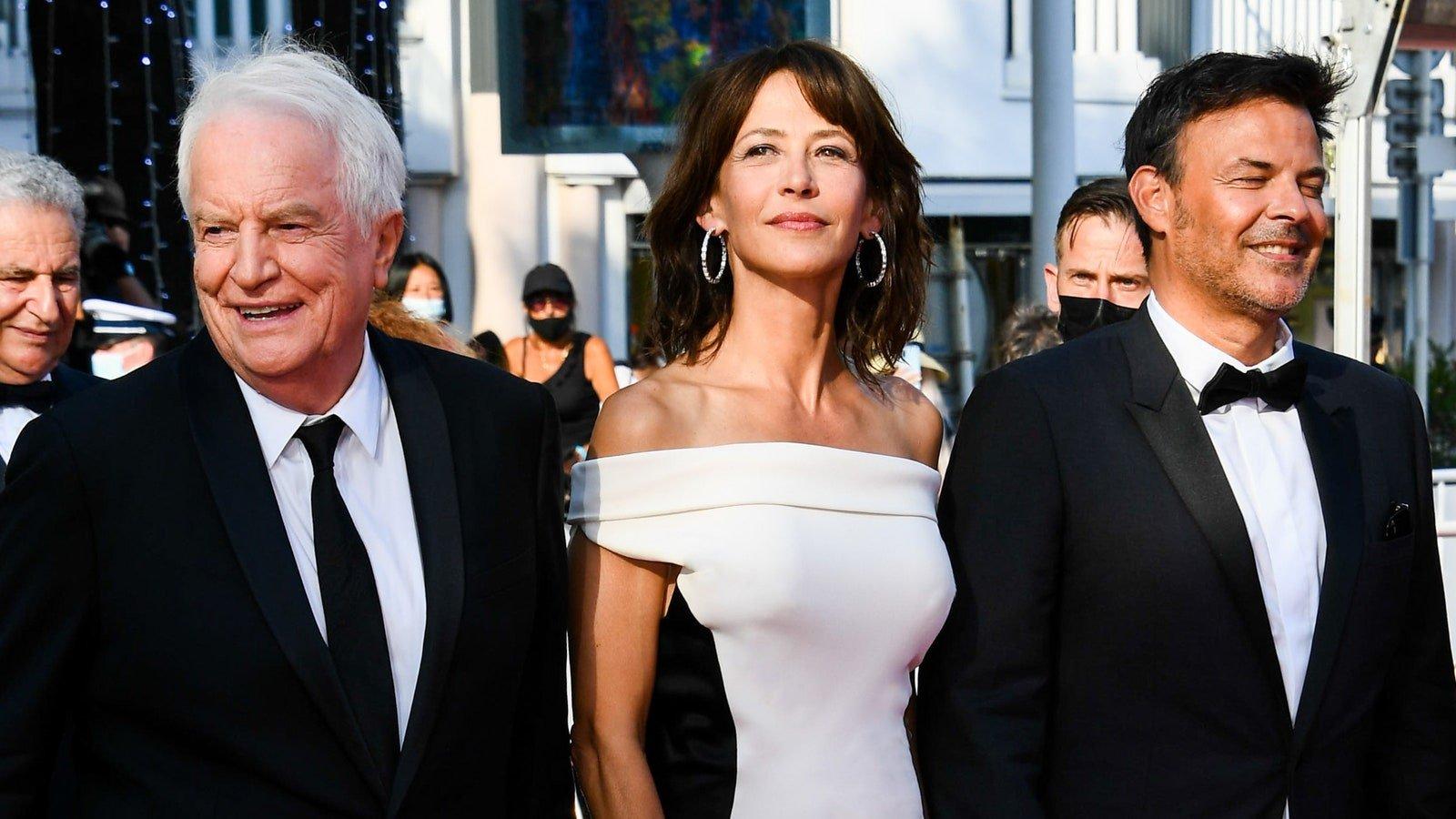 Festival de Cannes 2021 : Le tapis rouge de Tout s'est bien passé avec Sophie Marceau