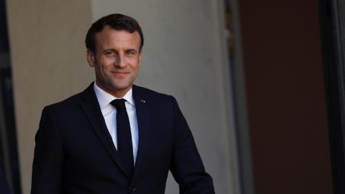 Emmanuel Macron : Des mois plus tard, il relève le défi de McFly et Carlito