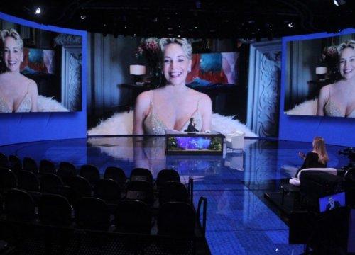 Sharon Stone: «La mascherina come il preservativo» - VanityFair.it