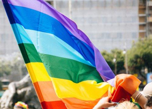 Gay Pride a New York, i poliziotti omosessuali in divisa non potranno partecipare - VanityFair.it
