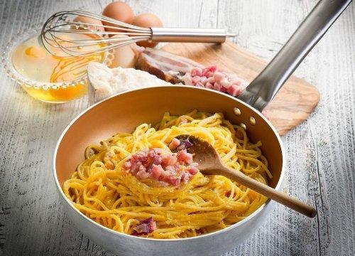 Carbonara day: gli 8 trucchi dei pastai e la ricetta perfetta