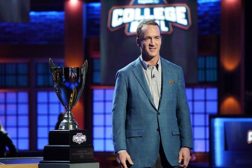 How NBC's 'College Bowl' Revival Flew in Dozens of College Kids and Produced a Show During the Pandemic