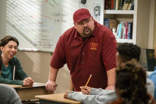 'The Crew,' 'Mr. Iglesias,' 'Bonding,' 'Country Comfort' Canceled at Netflix