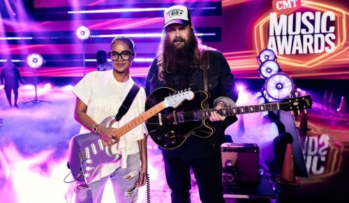 Watch H.E.R. and Chris Stapleton Do a Guitar Duel on 'Hold On' at CMT Awards