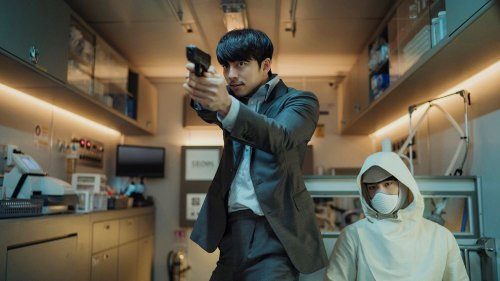 'Seobok' Opens at Top of Korea Box Office Despite Simultaneous Online Launch