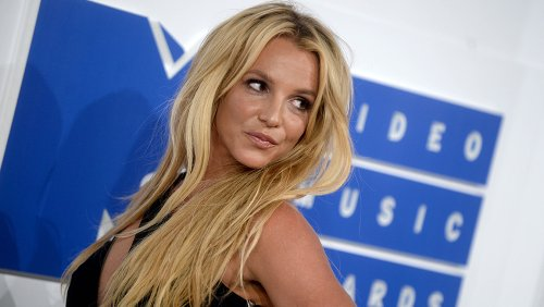 Mariah Carey, Brandy, Rose McGowan Show Support to Britney Spears: 'Keep Fighting, We Are With You'