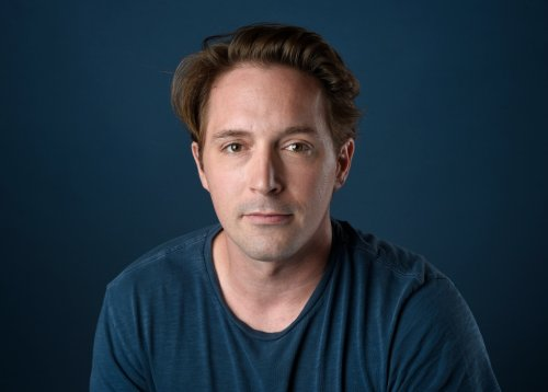 Beck Bennett Leaves 'SNL' as Cast Veterans Set to Return, Along With Three New Featured Players, for Season 47