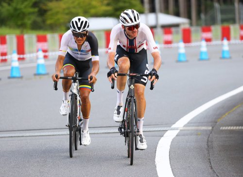 Brandon McNulty lights up Olympic road race with top-10   VeloNews.com