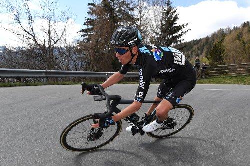 Romain Bardet: Giro d'Italia gravel as important as the mountains | VeloNews.com