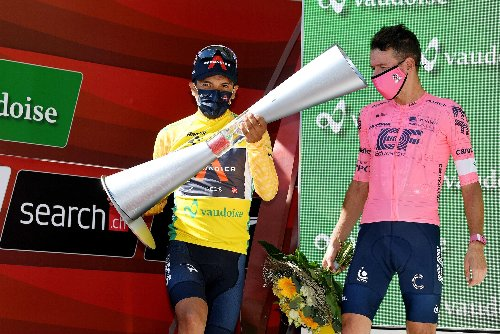 Tour de Suisse: Richard Carapaz secures overall as Gino Mäder lands final stage from a sprint   VeloNews.com