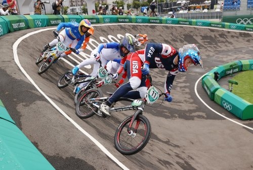 VN news ticker: U.S. rider Connor Fields stable after brain hemorrhage in Olympic BMX race crash | VeloNews.com