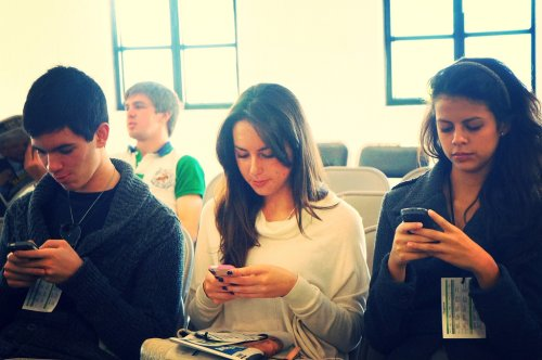 Wake up, corporate America: Your future business leaders are mobile
