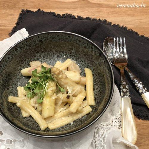 easy Spargel Pasta (und) ab ins Freie!