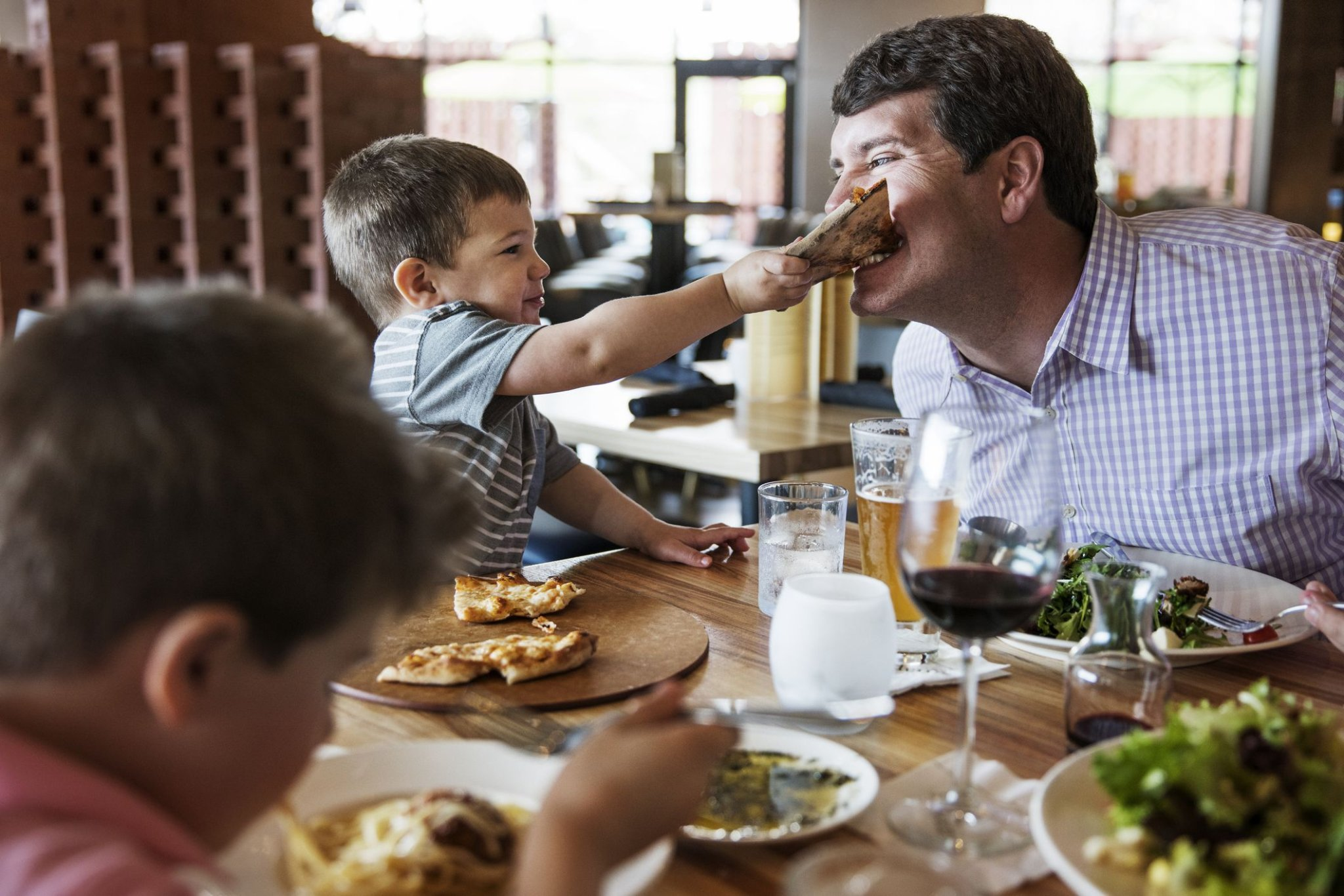 How to Make Family Restaurant Experiences Worth the (Literal) Wait