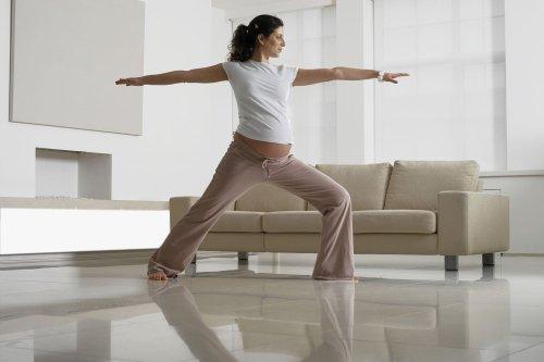 Best Online Prenatal Yoga Classes in 2021