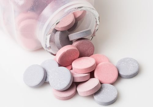 Study: Over-the-Counter Heartburn Drugs May Help Treat COVID-19