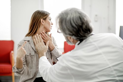 Symptoms of a Hashimoto's Flare-Up and What to Do About Them