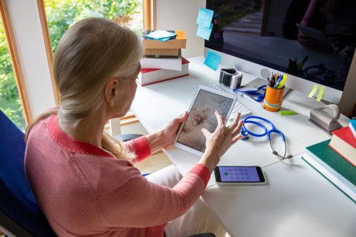What to Know About Telehealth for Shingles