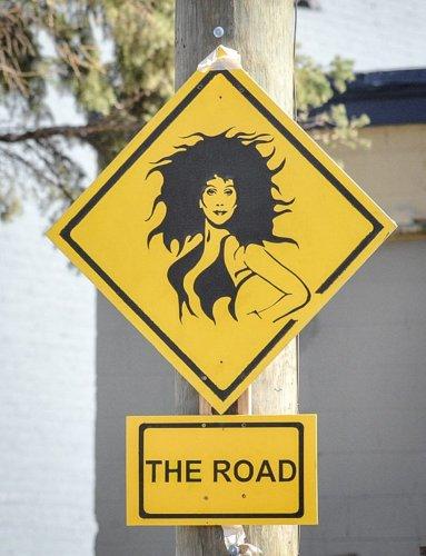 As placas de trânsito mais engraçadas dos Estados Unidos - Viajei Bonito