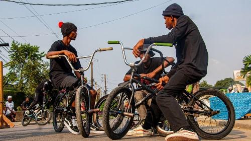 La culture de la ride fait bouger la jeunesse camerounaise
