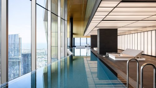 Watch This 70th-Floor Infinity Pool Sway in the Wind