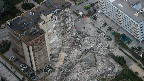 Terrifying Video Shows a 12-Story Condo Suddenly Collapsing in Miami