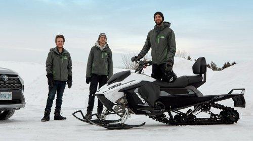 Rencontrez les ingénieurs québécois derrière la première motoneige électrique dans le marché