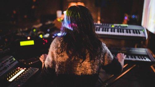 La colonna sonora di YLIA è 'armonia, eternità e qualità celestiale'