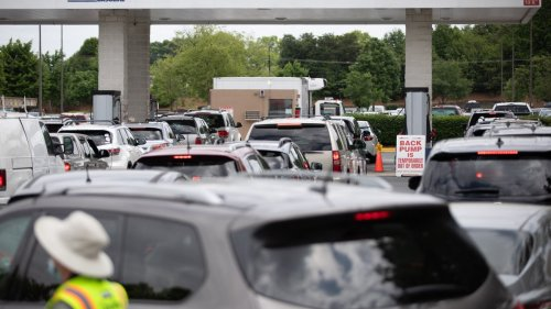 Tucker Carlson Finds Way to Blame Gas Shortage on the Green New Deal