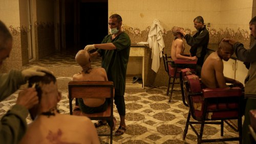 À Kaboul, les toxicomanes sont envoyés dans une « cure de désintox »
