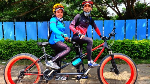 This Couple Has Cycled Over 3,000km on a Tandem Bike, and It's Brought Them Closer