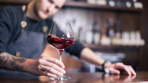 Comment investir dans le vin si vous êtes fauché