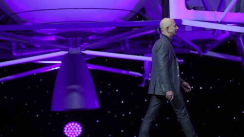 Jeff Bezos Fails in Fight for Moon Lander Contract