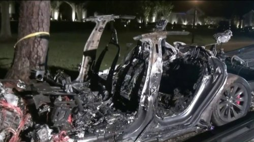 'No One Was Driving' Tesla in Crash That Killed Two People, Police Say
