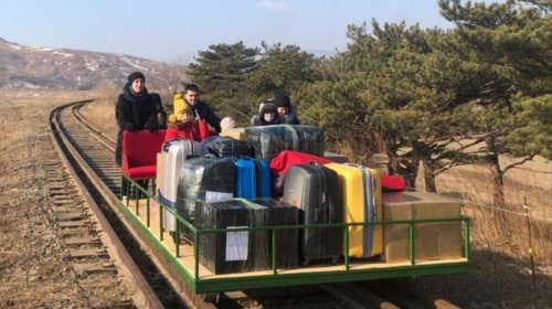 Russian Diplomats Escape North Korea in Hand-Pushed Trolley