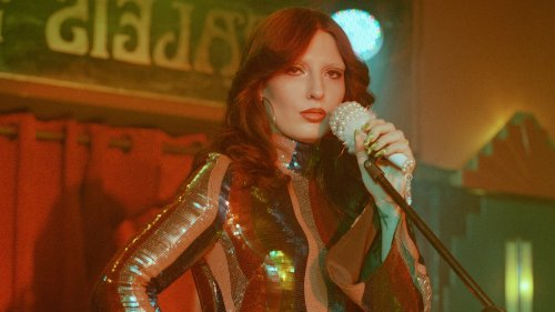 Mila V makes emotional acid house for the club