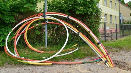 Big Telecom Blocks Attempt to Bring $15 Broadband To Covid Victims