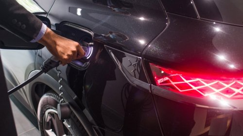 Electric Vehicle Subreddit Goes Ballistic Over Poor Charging Etiquette