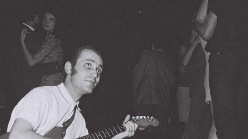 Fotos de bandas de rock que en los 70 desafiaron el régimen comunista Rumano