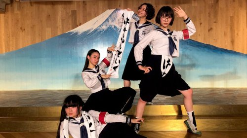 Help! I'm obsessed with... Atarashii Gakko!