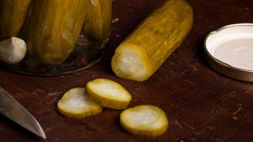 Homemade Dill Pickles Recipe