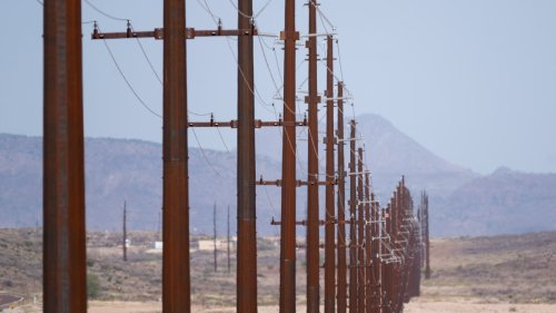 Texas's Power Grid Works Great Unless It's Too Hot or Too Cold