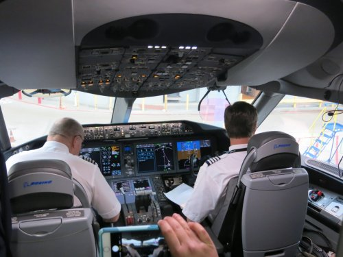 After American Airlines Pilot Sleeps In A Hotel's Lobby, Pilots Told Not To Fly Without Confirmed Rooms - View from the Wing