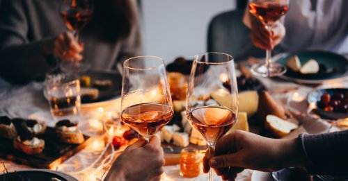 How Much Should I Spend on a Bottle of Wine for a Dinner Party?
