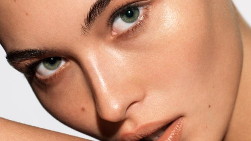 From Scarring To Rough Texture, How The Experts Deal With Uneven Skin