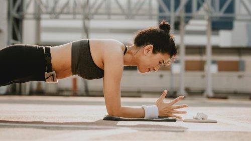 不是撐著就有效!「棒式」這樣做才能練到核心肌群,加映:快速燃脂瘦小腹的變化式推薦。