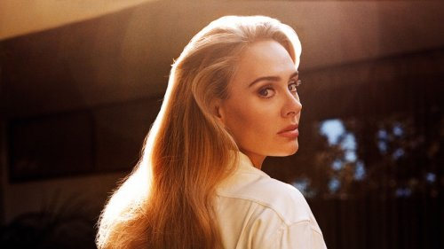 """Images of the Week: Adele Releases """"Easy on Me"""""""