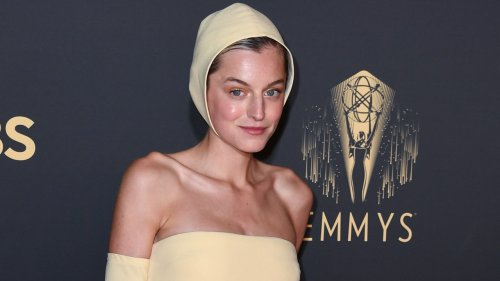 Emma Corrin's High-Drama Manicure Steals the Spotlight at the 2021 Emmys