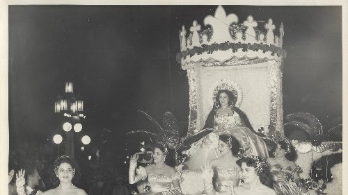What I Learned About Glamour From My Abuela, Seamstress Extraordinaire and Beauty Queen