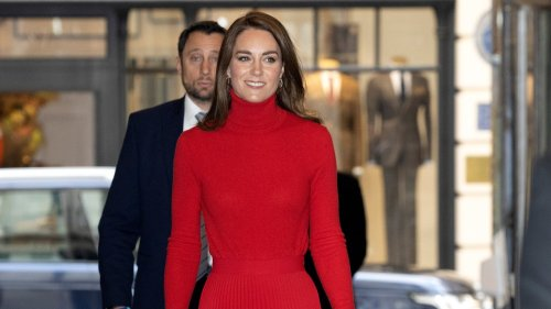 Kate Middleton Steps Out In a Classic Fall Color Combo